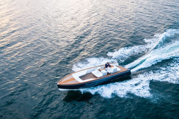 Hinckley Dasher Electric Boat